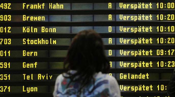 Die durchschnittliche Verspätung pro Flug betrug im ersten Halbjahr 2019 12 Minuten - statt 14,1 Minuten ein Jahr zuvor.