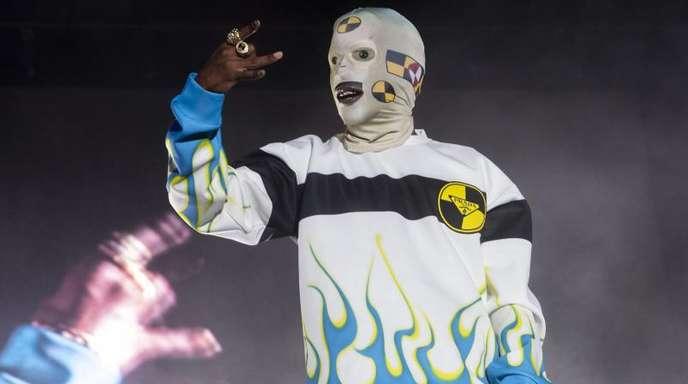 A$AP Rocky meldet sich in Anaheim auf der Bühne zurück.