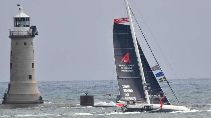 Greta Thunberg ist mit den Profiseglern Boris Herrmann und Pierre Casiraghi zur Atlantik-Überfahrt aufgebrochen.