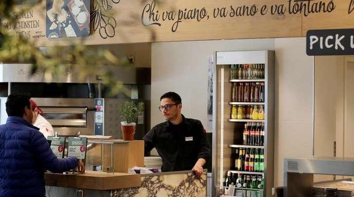 Die schnell gewachsene Restaurantkette Vapiano steckt seit längerem tief in der Krise.