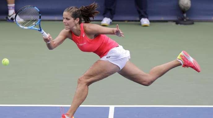 Julia Görges hat in New York die nächste Runde erreicht.