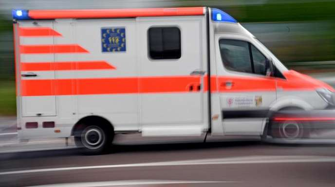 Die Zahl der meldepflichtigen Arbeitsunfälle in Deutschland nahm leicht um 0,4 Prozent auf 877.198 zu.