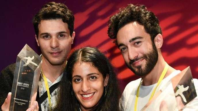 Benjamin Radjaipour (l-r), Banafshe Hourmazdi und Eidin Jalali wurden mit dem Götz-George-Nachwuchspreis ausgezeichnet.