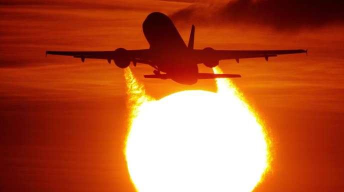 125,1 Millionen Passagiere sind von August 2018 bis Juli 2019 in einFlugzeug gestiegen.