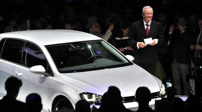 Martin Winterkorn, der ehemalige Vorstandsvorsitzende der Volkswagen AG, spricht bei der Präsentation des VW Golf 7 in der Nationalgalerie in Berlin. Am 24. Oktober 2019 stellt Volkswagen den neuen Golf 8 vor.