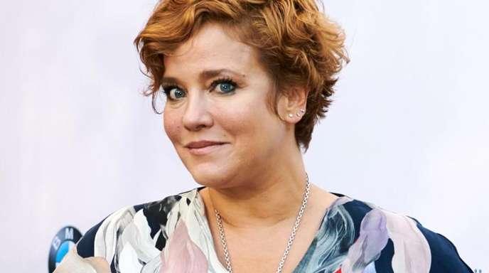 Die Schauspielerin Muriel Baumeister hat ein Buch über ihr Leben geschrieben.
