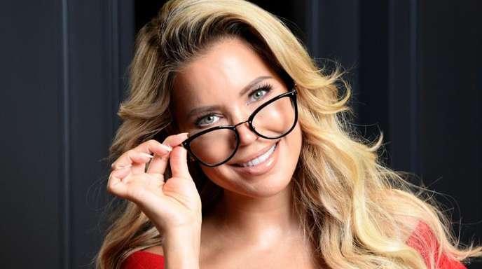 Sylvie Meis, Model und Moderatorin, präsentiert ihre neue Brillen-Kollektion in Hamburg.