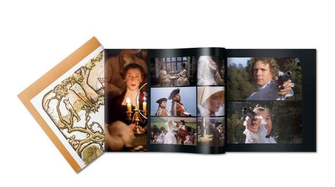 Den Bänden von «Das Making-of eines Meisterwerks» ist immer auch ein Original-Filmplakat beigegeben.