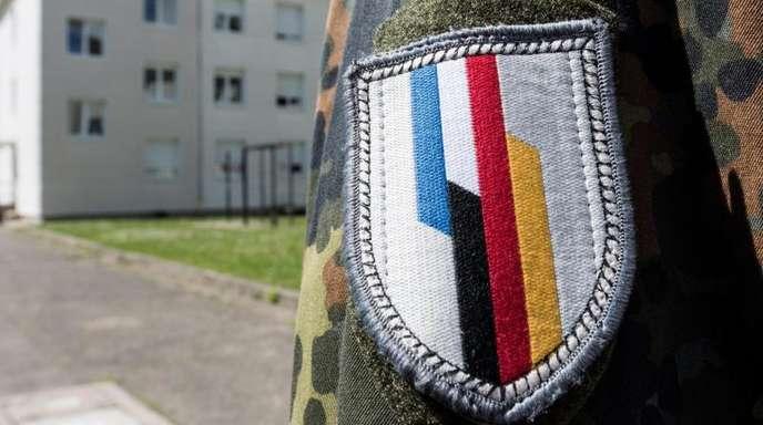Ein Soldat der deutsch-französischen Brigade in Illkirch bei Straßburg, wo der terrorverdächtige Oberleutnant Franco A. stationiert war.