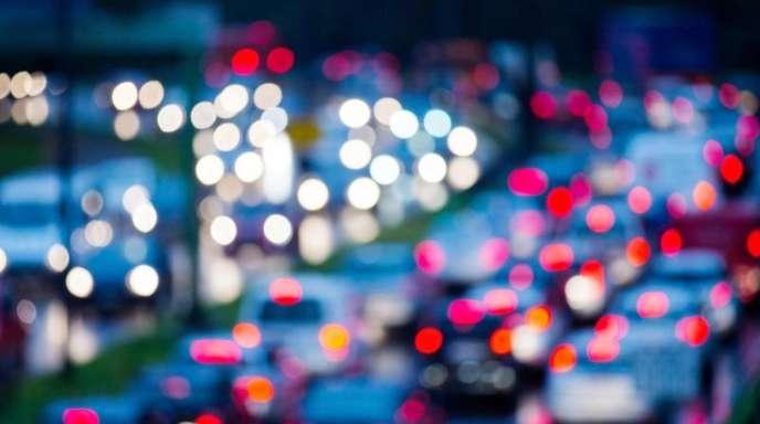 Im Durchschnitt kommen derzeit in Deutschland 567 Wagen auf 1000 Einwohner.