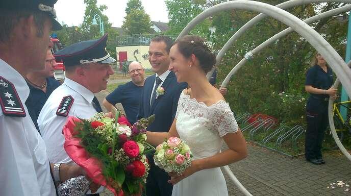 Offenburg Feuerwehr Hochzeit Daniel Hund Heiratet Melanie Hugel