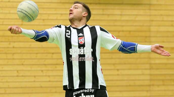 Stefan Konprecht und der FBC Offenburg beenden am Samstag mit dem Heimspiel gegen den TV Vaihingen/Enz eine schwierige Hallensaison in der Faustball-Bundesliga.