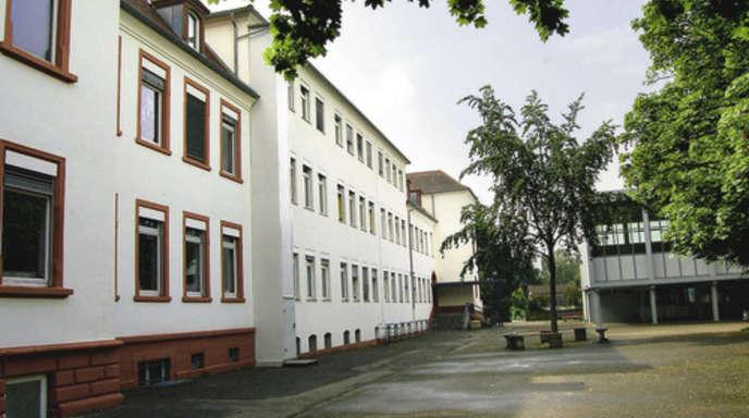 Foto: Edgar Bassler - Die Wilhelmschule als zentrale Kernstadt-Hauptschule ist Teil des Werkrealschulkonzeptes des Kehler Gemeinderates.