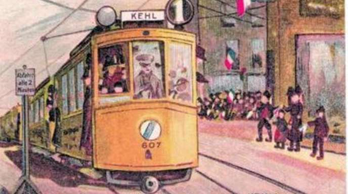 Foto: Stadtarchiv Kehl - Der Traum von der Tram im Minutentakt: Das große Foto zeigt eine Juxpostkarte, die den Zwei-Minuten-Takt für die Straßenbahn über den Rhein fordert.