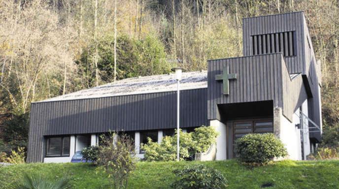 Foto: Andrea Bohner - Erst Gotteshaus, dann Kunstatelier, dann Verkaufsobjekt: Die evangelische Kapelle in Nordrach soll jetzt zum Begegnungsort für Jugendliche werden.