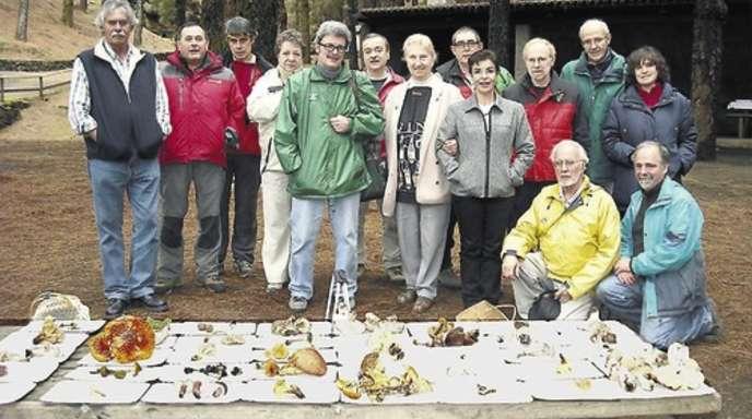 Rose Marie Dähncke hat nach Hornberg auf La Palma eine zweite Pilzlehrschau aufgebaut und empfängt Pilzfreunde und Mykologen aus der ganzen Welt.