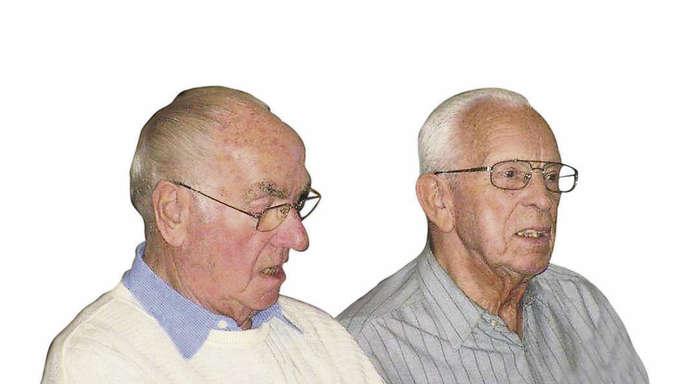 Sieglinde Rösch - Helmut Bühler (links, Jahrgang 1924) und der im Februar 2012 verstorbene Heinz Hock (Jahrgang 1919) überlebten die russische Kriegsgefangenschaft.