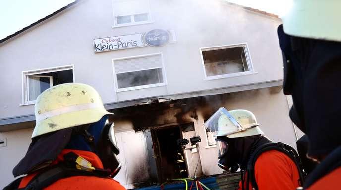 Ortenau Nachtclub in Kehl-Goldscheuer brennt aus