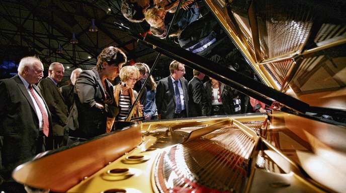 Bewundernde Blicke erntete der »Steinway«, der am Freitag bei einem exklusiven Konzert für die Spender, erstmals im Rampenlicht stand.