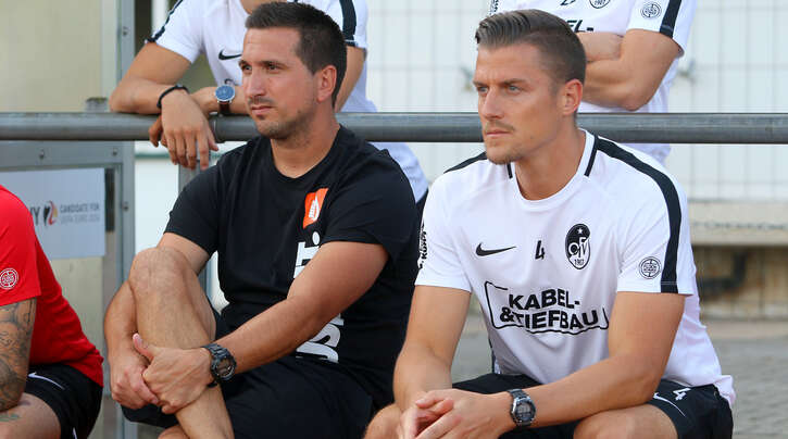 Richten den Blick nach vorne: Cheftrainer Benjamin Pfahler (links) und Co-Trainer Sascha Ruf, die im Sommer in ihre zweite gemeinsame Saison beim Offenburger FV gehen.