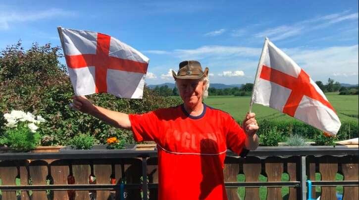 Garry Preston hält als gebürtiger Brite natürlich die Fahne für die englischen Mannschaft hoch.