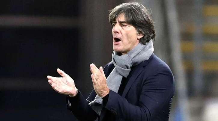 Mahnt beim Neuaufbau des DFB-Teams zur Geduld: Bundestrainer Joachim Löw.