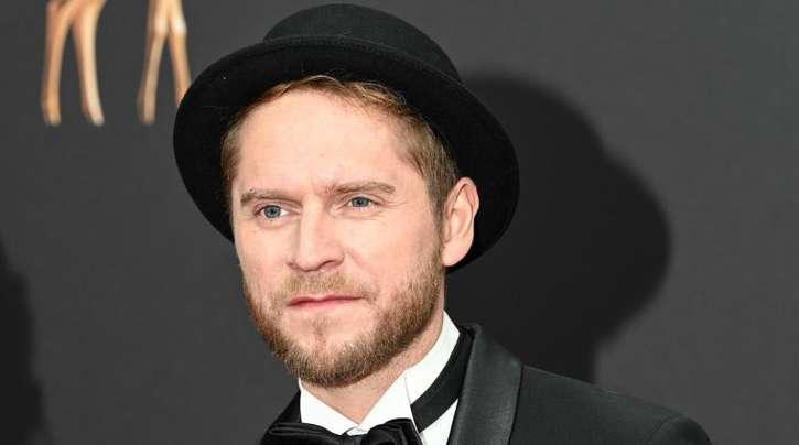 Mann mit Hut:Johannes Oerding bei der Bambi-Verleihung in Baden-Baden.